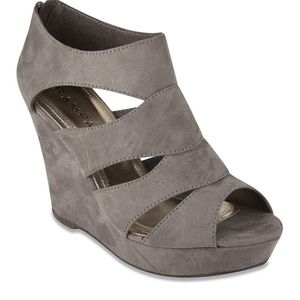 Rampage Suede Grey Wedged Heels